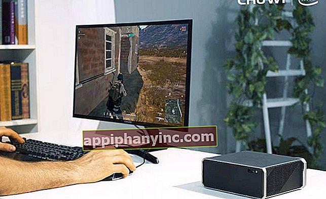 En kort titt på Chuwi HiGame: en mini-PC med i7 CPU og 8 GB RAM